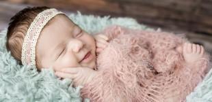 Silke, 10 dagen oud, Newbornshoot